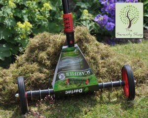 Darlac Telescopic Lawn Scarifier Moss Grass Scarifying