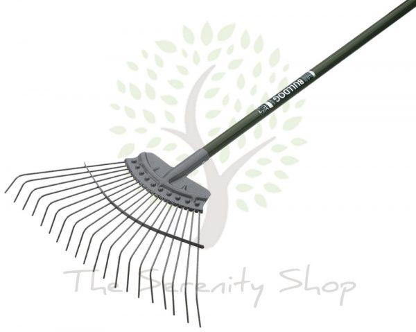 """Bulldog Evergreen Gardening Lawn Rake 48"""" Shaft"""
